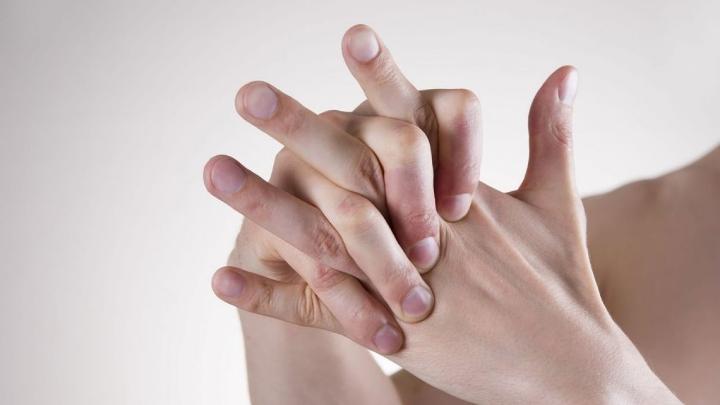 Parmak Çıtlatmak Zararlı mıdır